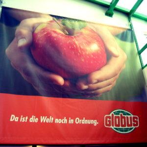 Werbeplane-Big-Print-Globus-Schwandorf-Konstrukta-Werbetechnik