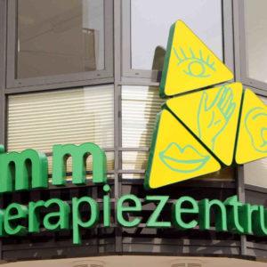 Leuchtbuchstaben Leuchtkasten Dreieck Grimm - Konstrukta Werbetechnik