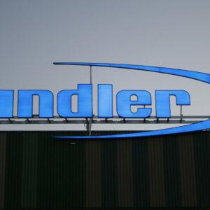Leuchtbuchstaben-Profil-Dachanlage-Sandner