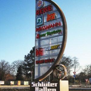 Profilbuchstaben-Werbepylon-tags-Schlueterhallen-Konstrukta-Werbetechnik